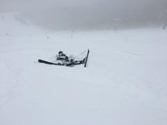 パウダースノーを友達と堪能しにきました 非圧雪のところは結構パウダーあって気持ちよかったです! 少し重かったからこけたけど笑