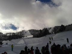 今年も来ました、志賀高原スキー開き祭。今年もケガなく楽しめますように。ゲレンデは、固めでしたが、この時期にしてはまあまあのコンディションでした。
