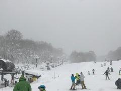 2017/18シーズン初滑り。 子供とファミリーコースを滑る。