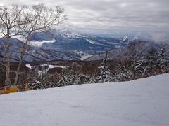 例年より残雪量少ない(^^;)